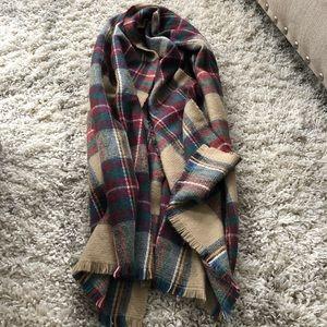 Plaid fall scarf